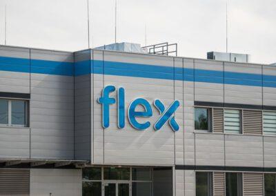 Budynek biurowo-magazynowy Flextronics